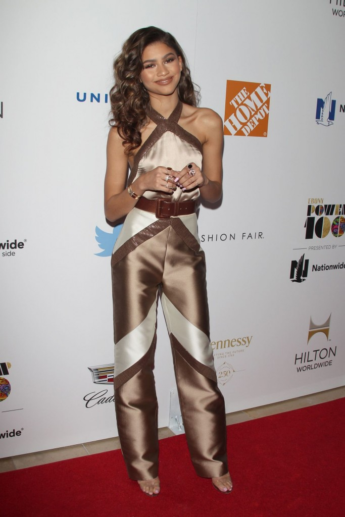 zendaya-coleman-2015-ebony-power-100-gala-in-los-angeles_2