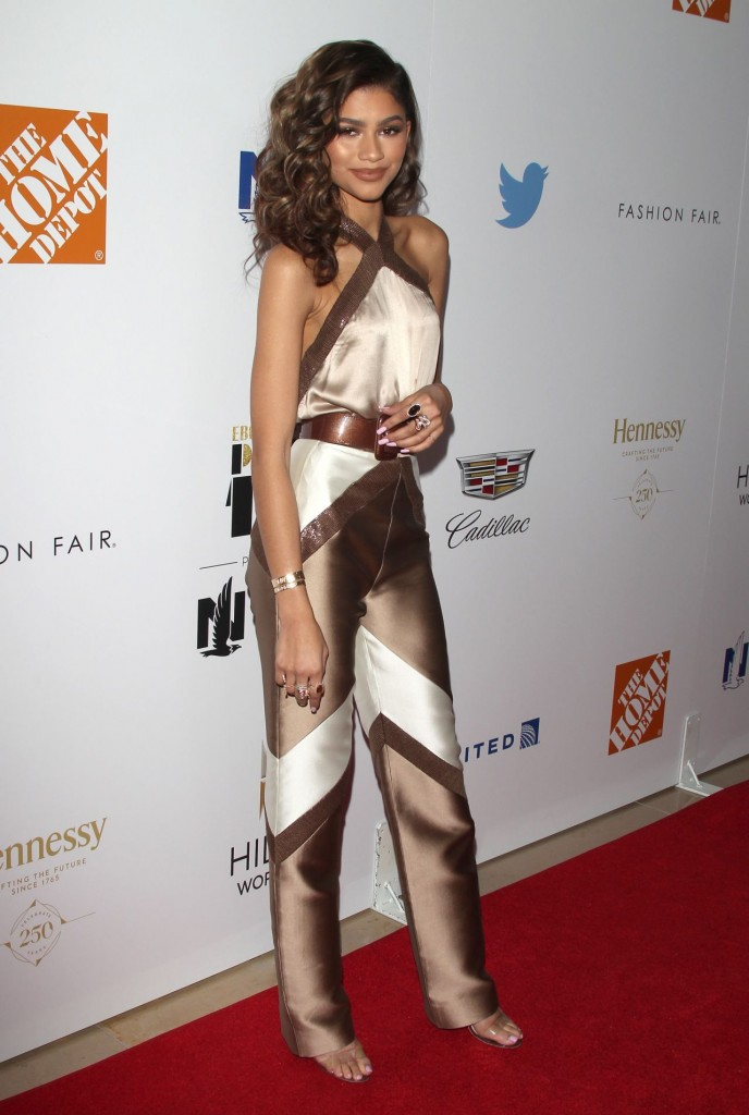 zendaya-coleman-2015-ebony-power-100-gala-in-los-angeles_3