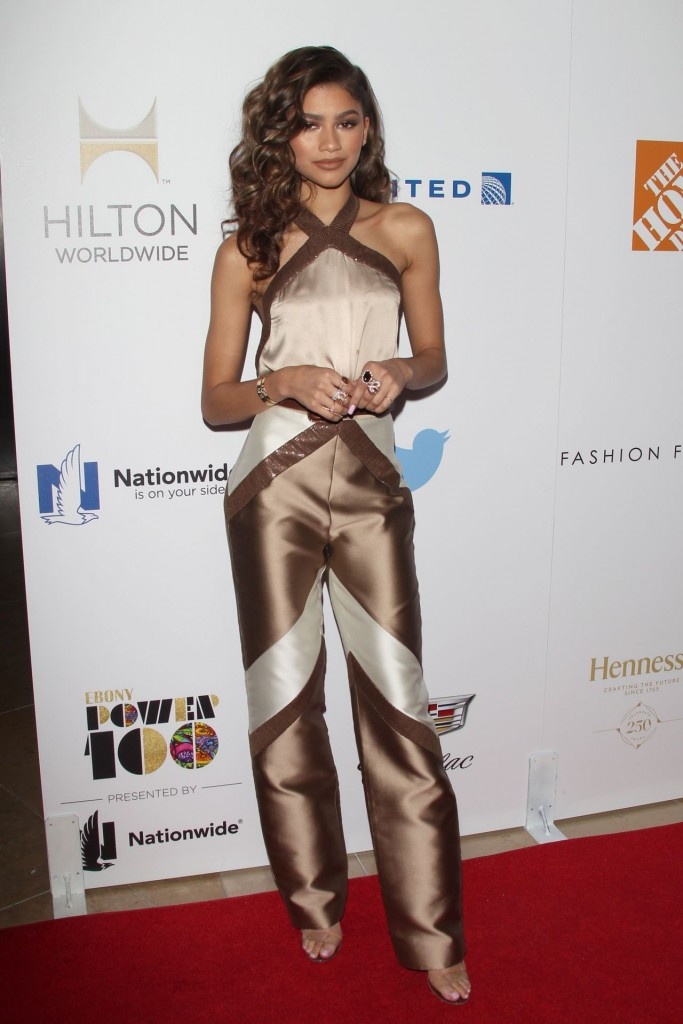 zendaya-coleman-2015-ebony-power-100-gala-in-los-angeles_6