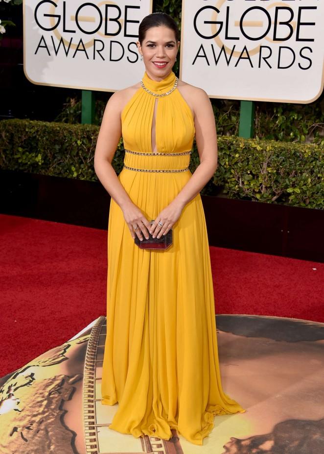 America-Ferrera--2016-Golden-Globe-Awards--02-662x926