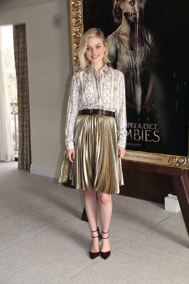 Bella-Heathcote--Pride-and-Prejudice-and-Zombies-Photocall--04-662x993-1