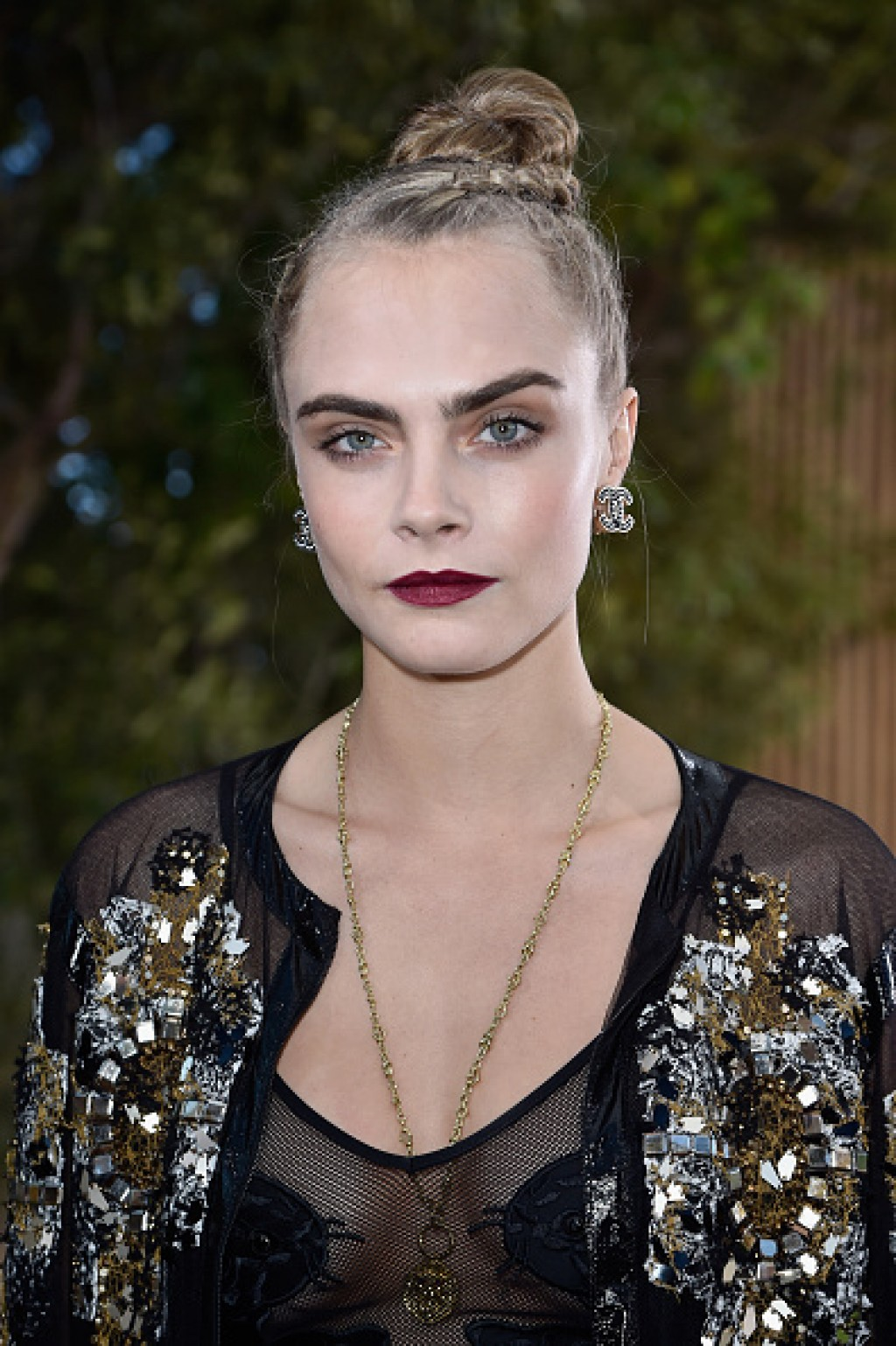 Chanel-Front-Row-Paris-Fashion-Week-Cara-Makeup-1024x1539