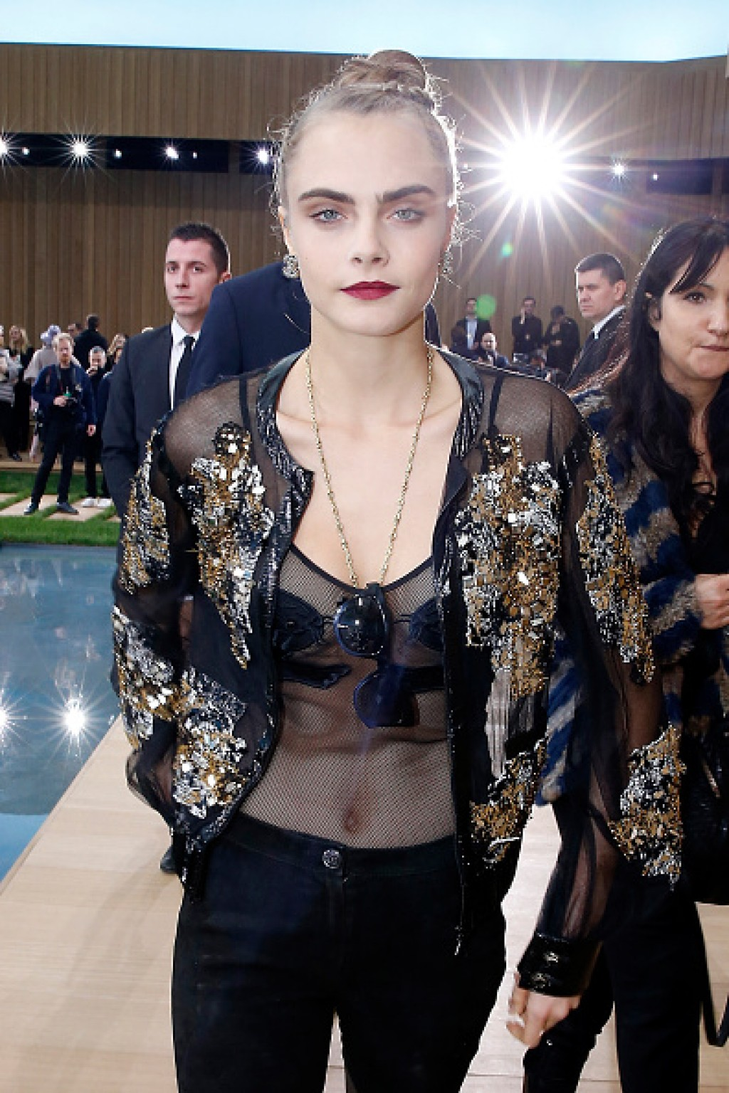 Chanel-Front-Row-Paris-Fashion-Week-Cara-in-Chanel-2016-D-1024x1536-1