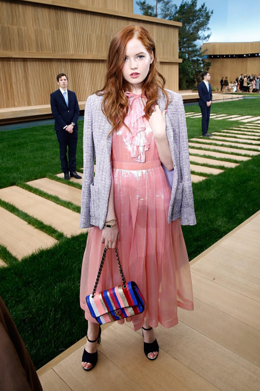 Chanel-Outside-Arrivals-Paris-Fashion-Week-Ellie-Chanel-Dress-Bamnbe-1024x1536-1