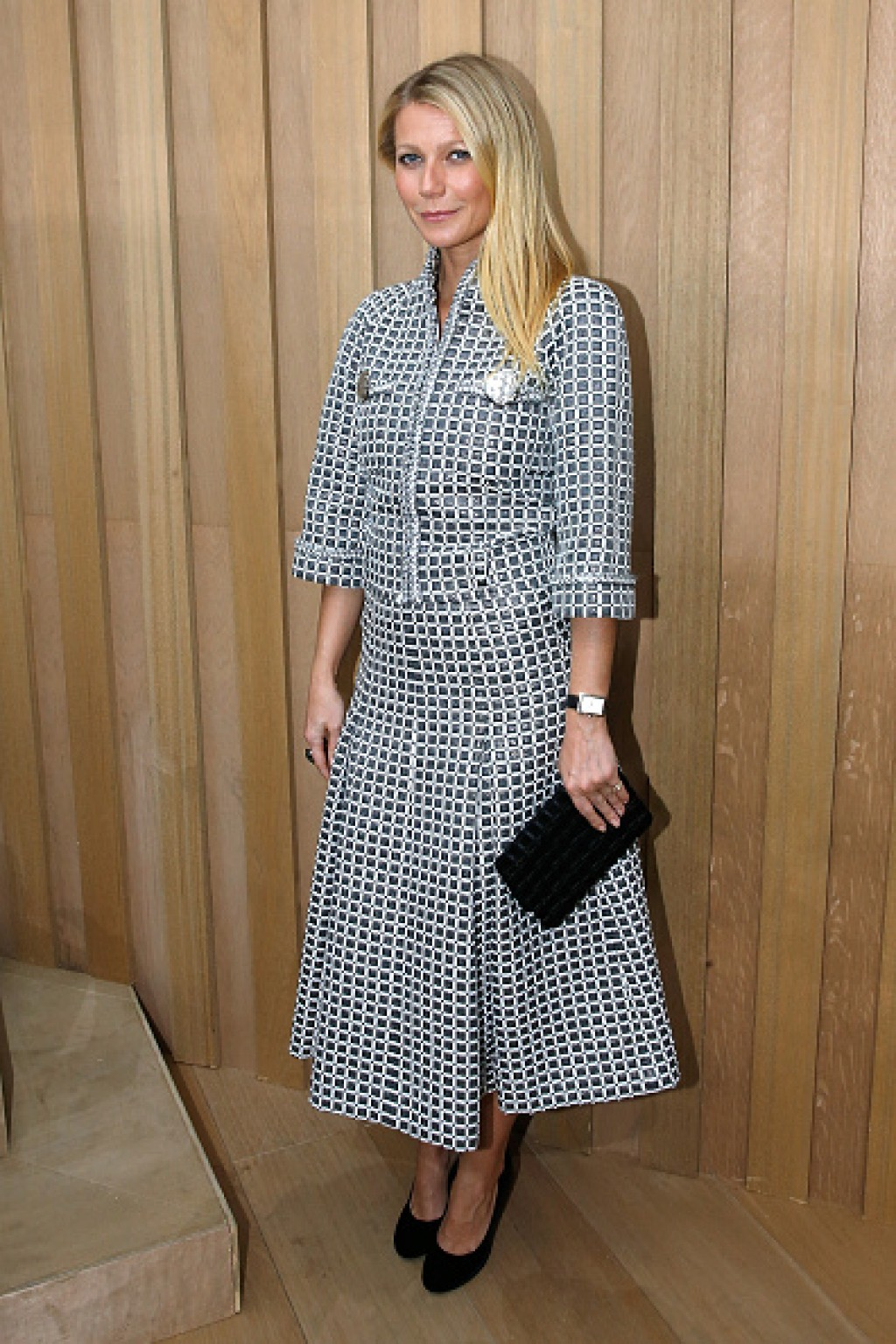 Chanel-Outside-Arrivals-Paris-Fashion-Week-Gwyneth-1024x1536