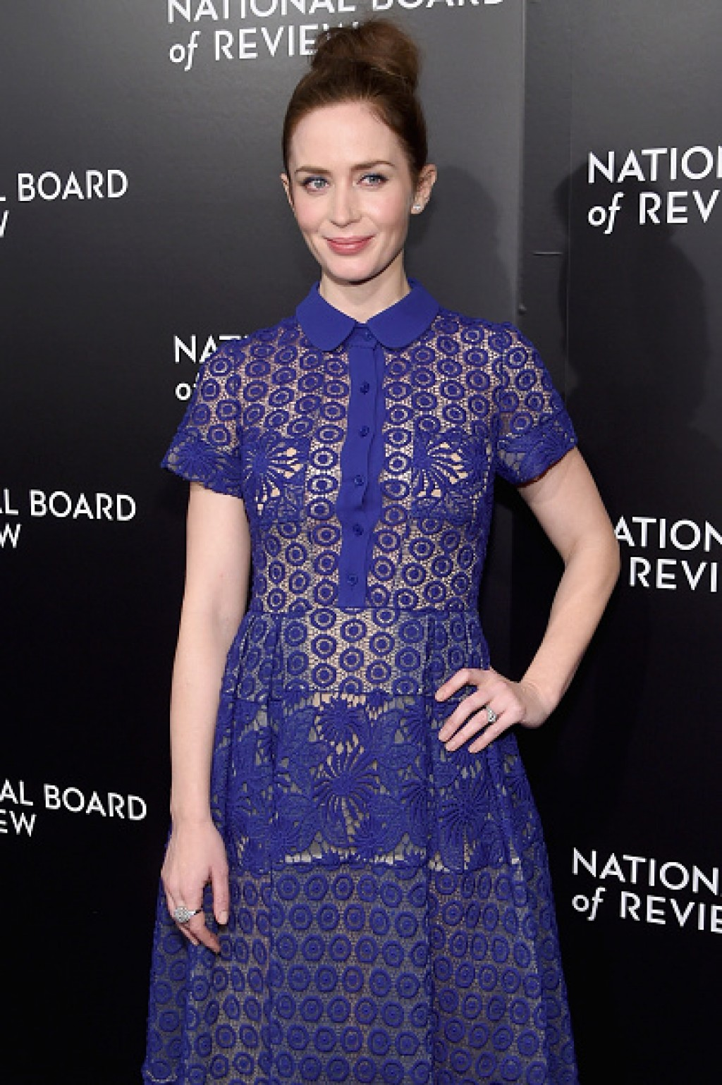 Emily-Blunt-016-National-Board-of-Review-Gala-Lace-gon-1024x1539