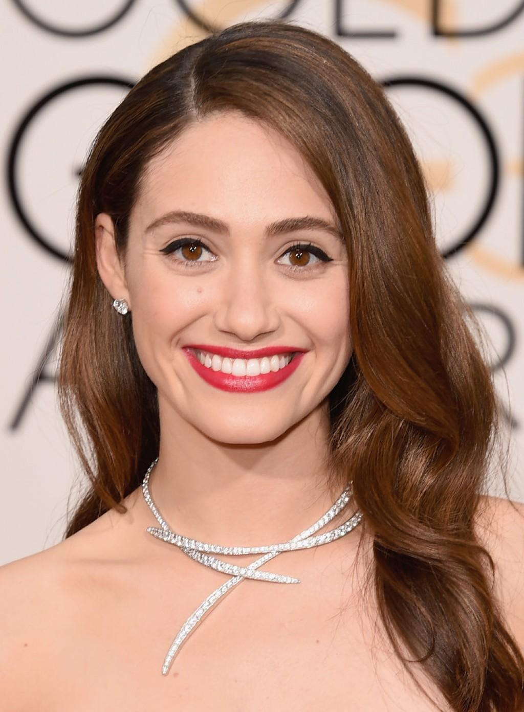 Emmy-Rossum-2016-Golden-Globe-Awards-1024x1392