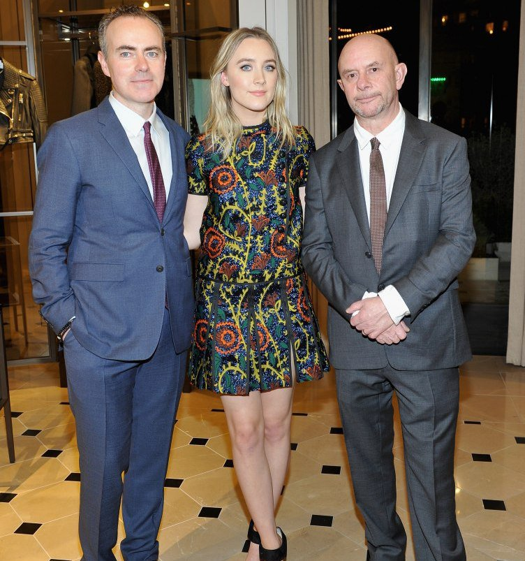 John-Crowley-Saoirse-Ronan-Nick-Hornby-wearing-Burberry-at-the-Burberry-and-Fox-Searchlight-Honour-the-Cast-and-Filmmakers-of-Brooklyn1-e1452095036868