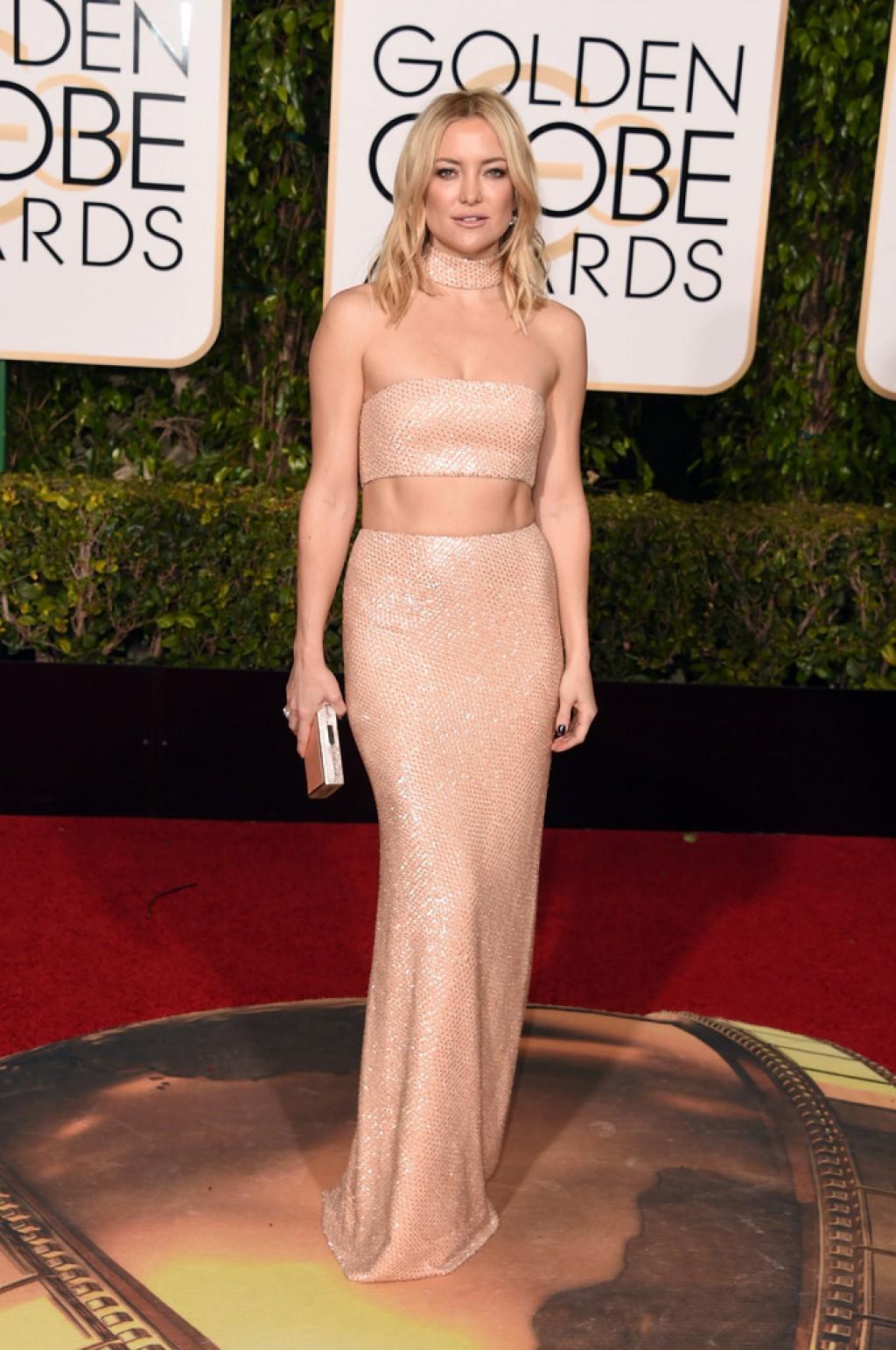 Kate-Hudson-IN-Michael-Kors-2016-Golden-Globe-Awards-1024x1542