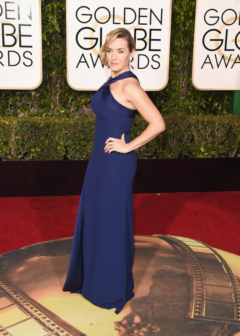 Kate-Winslet-2016-Golden-Globe-Awards-Ralph-Lauren-dress-1024x1430