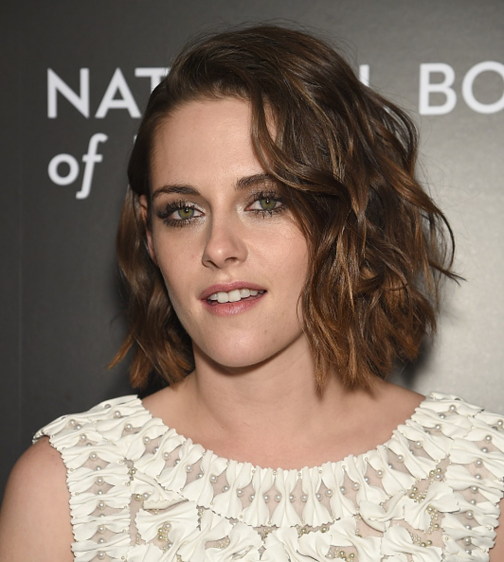 Kristen-Steward-2016-National-Board-of-Review-Gala-Make-up-1024x1143