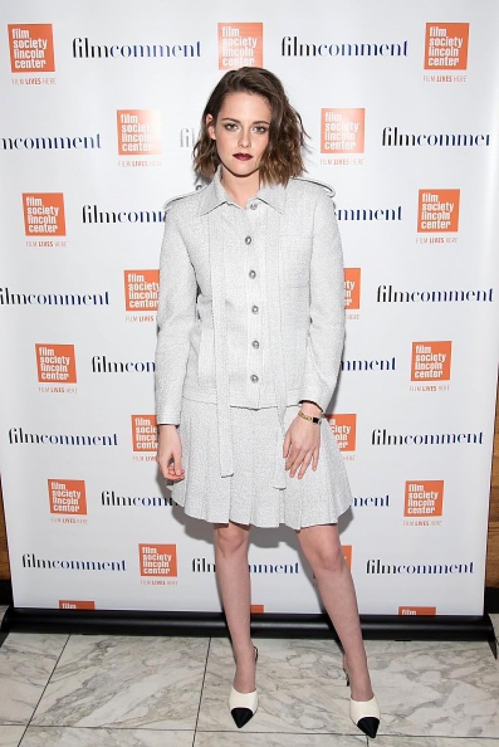 Kristen-Stewart-The-Tonight-Show-Dress-1024x1532