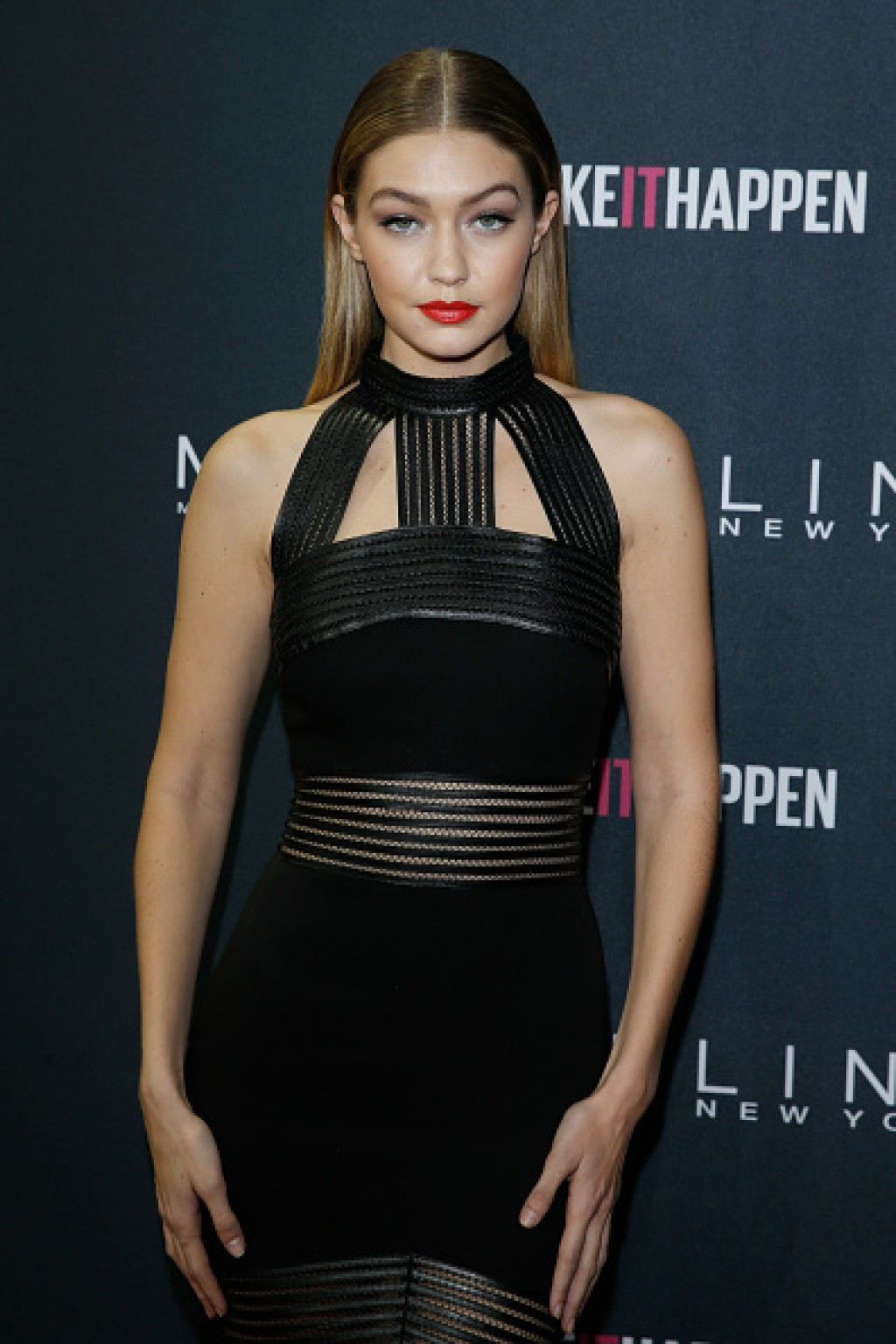 Maybelline-The-Power-Of-Colors-Make-Up-Runway-Event-Gigi-Dress-1024x1536