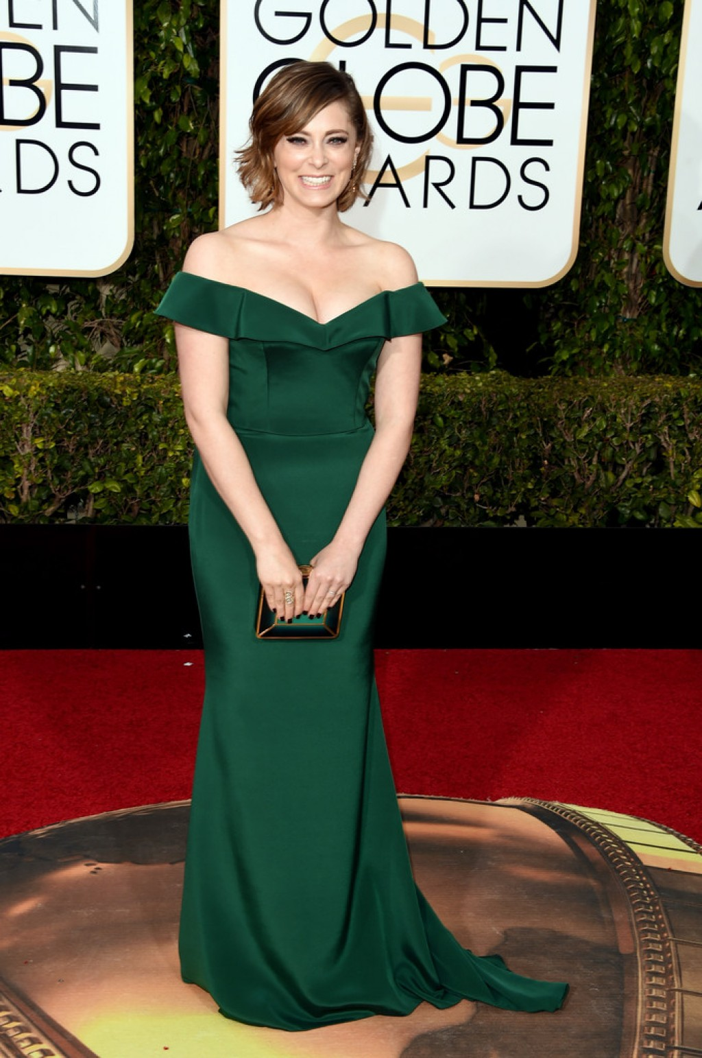 Rachel-Bloom-2016-Golden-Globes-1024x1542