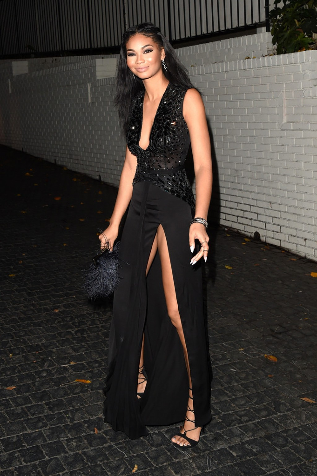 W-Magazines-Pre-Golden-Globes-Party-Chanel-Iman-Azzaro-1024x1539