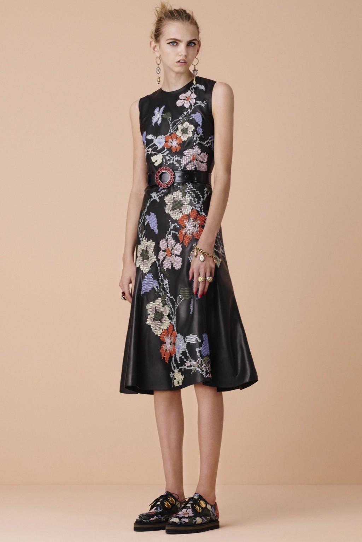 alexander-mcqueen-dress-1024x1535