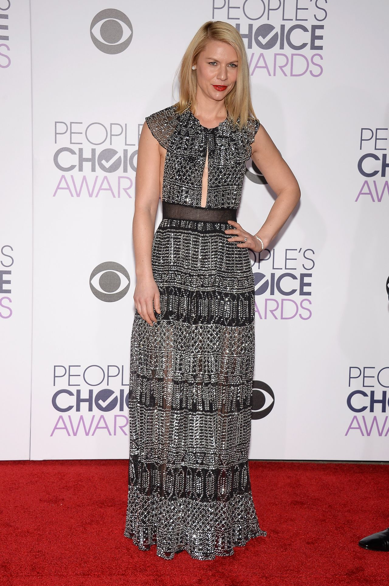 claire-danes-2016-people-s-choice-awards-in-microsoft-theater-in-los-angeles-1