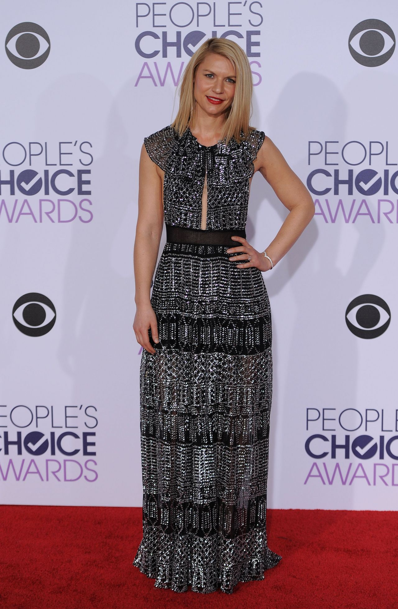 claire-danes-2016-people-s-choice-awards-in-microsoft-theater-in-los-angeles-3