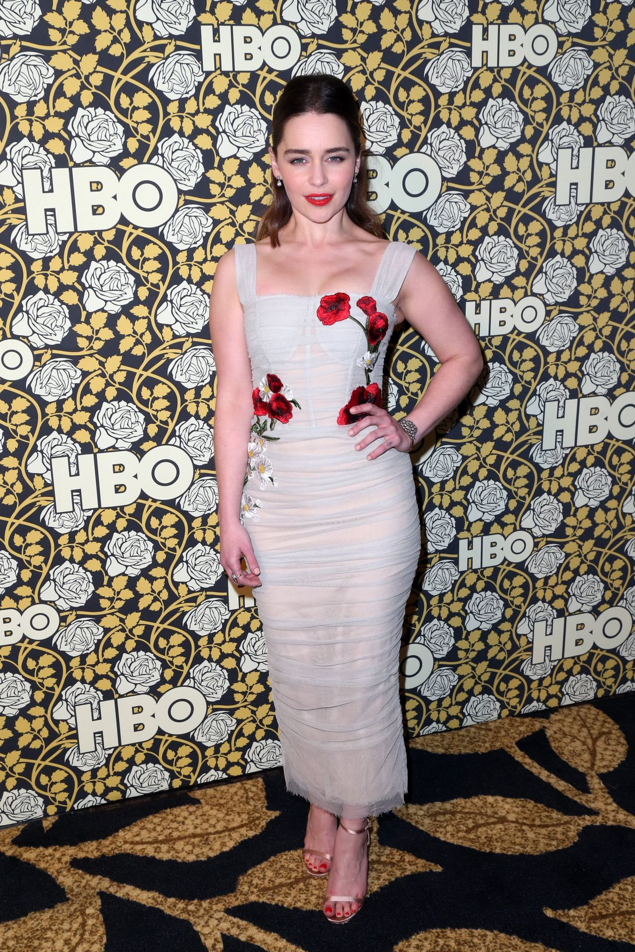 emilia-clarke-hbo-golden-globes-2016-afterparty-in-beverly-hills-2