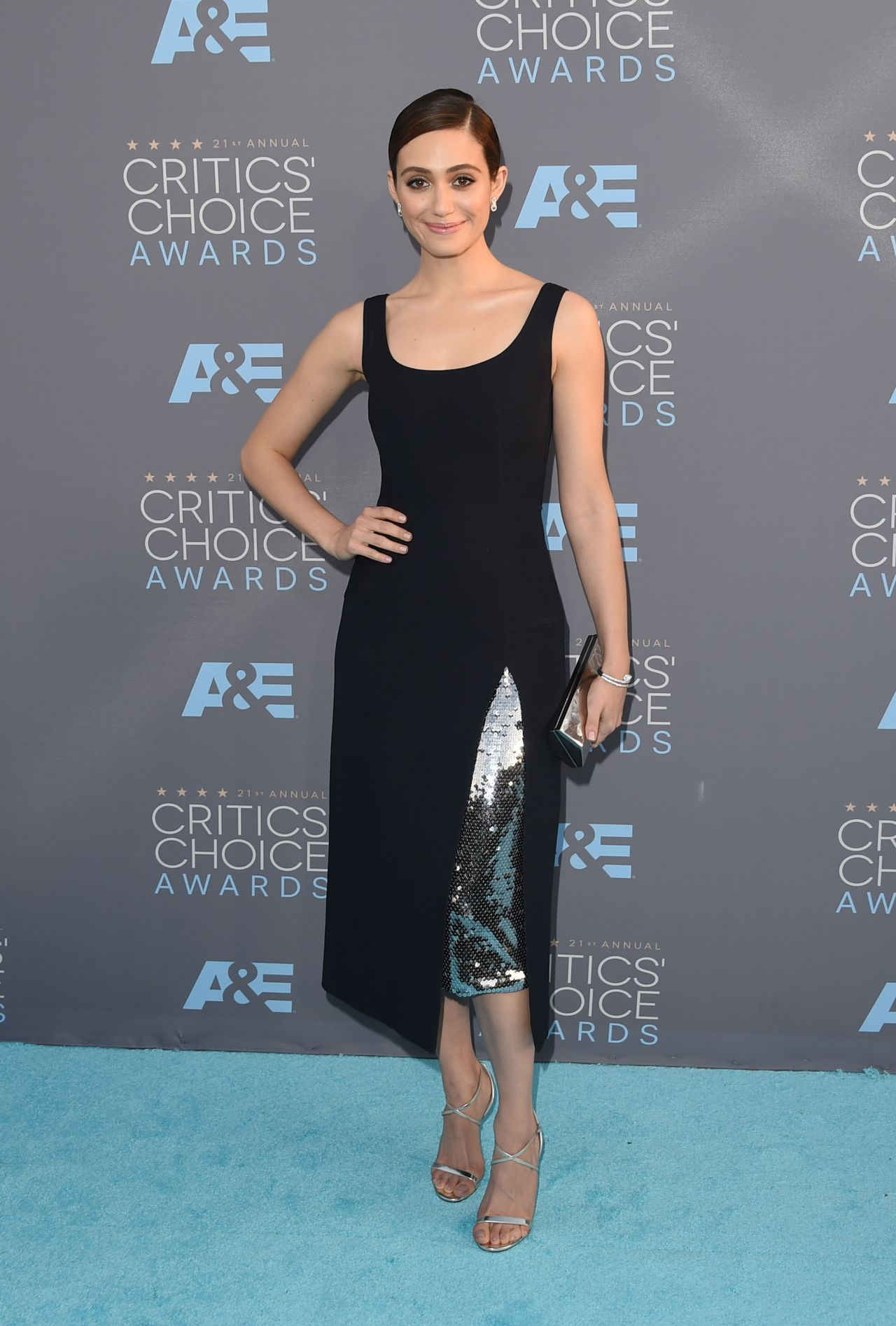 emmy-rossum-2016-critics-choice-awards-in-santa-monica-3