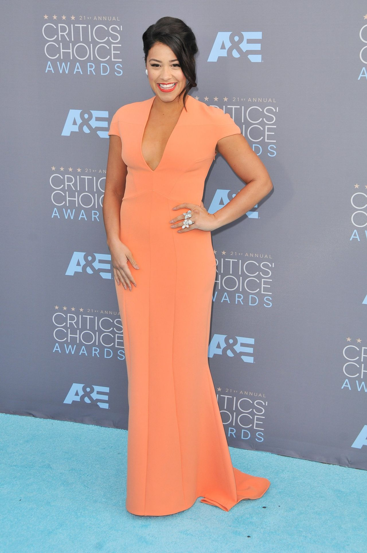 gina-rodriguez-2016-critics-choice-awards-in-santa-monica-10