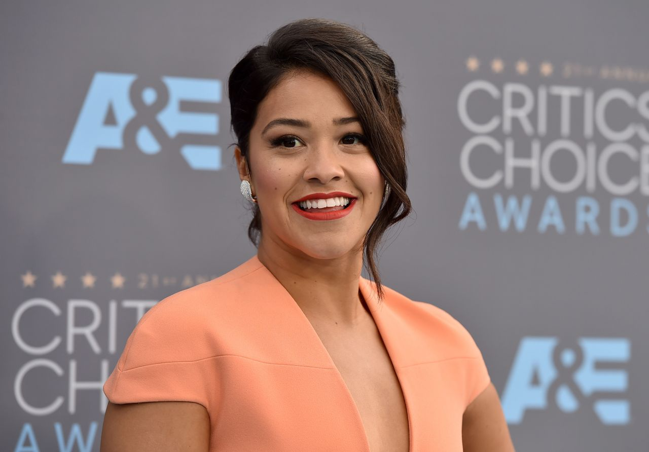 gina-rodriguez-2016-critics-choice-awards-in-santa-monica-7