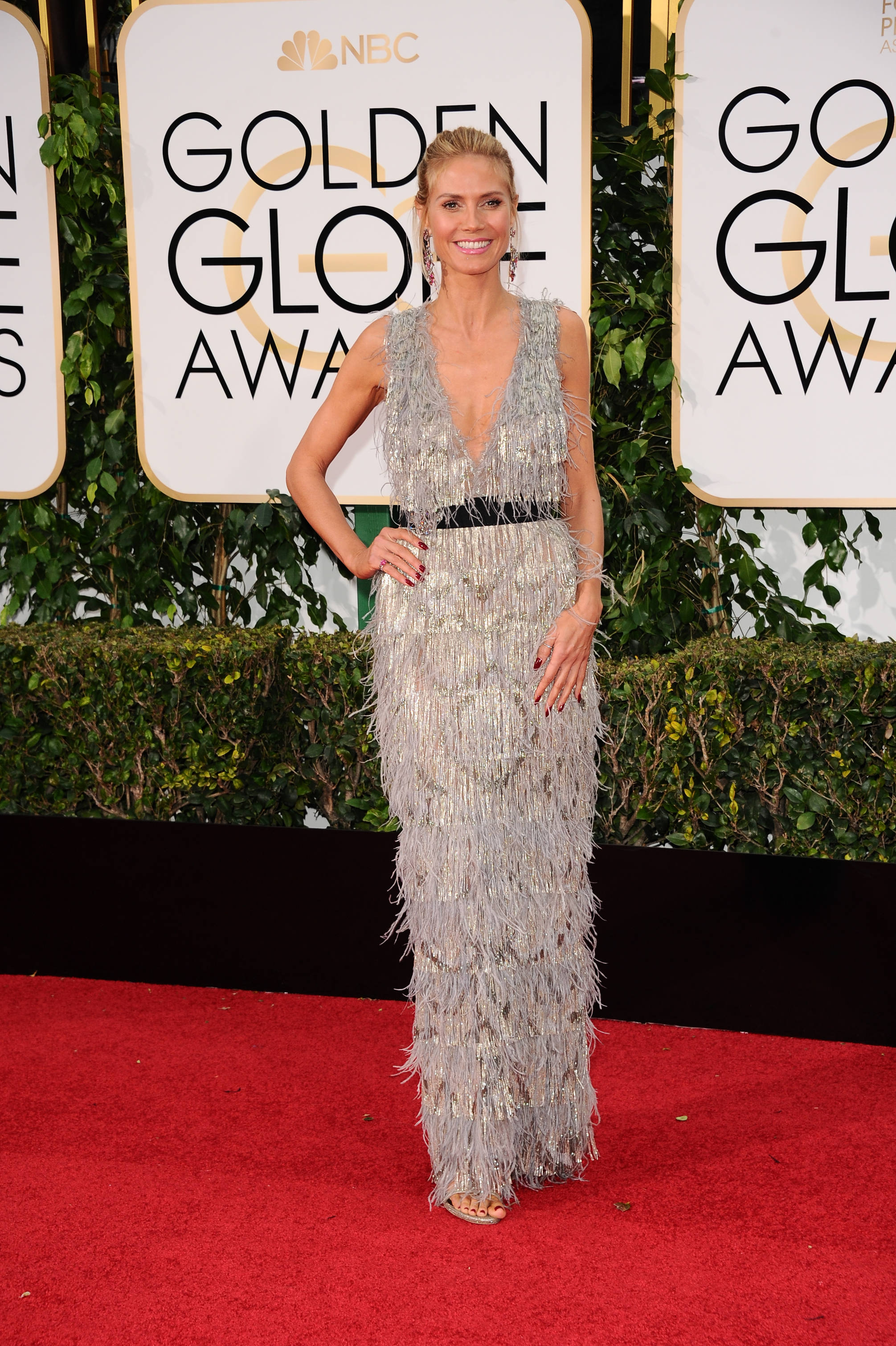 heidi-klum-in-marchesa-at-2016-golden-globe-awards-in-beverly-hills-1