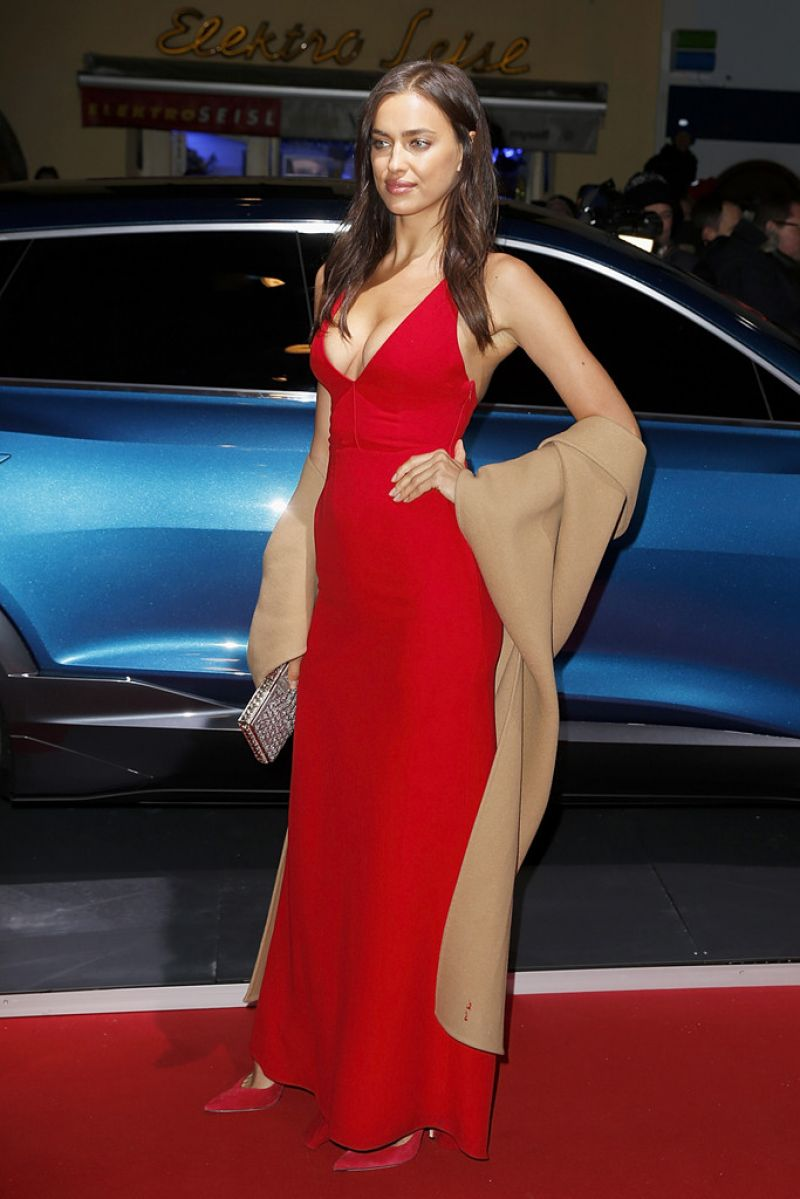 irina-shayk-audi-night-2016-in-kitzbuehel-in-austria-5