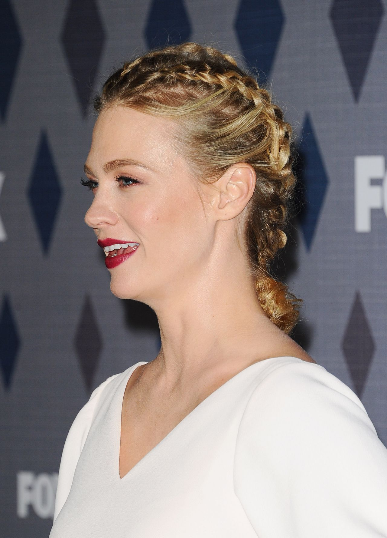 january-jones-fox-tca-winter-2016-all-star-party-in-pasadena-3