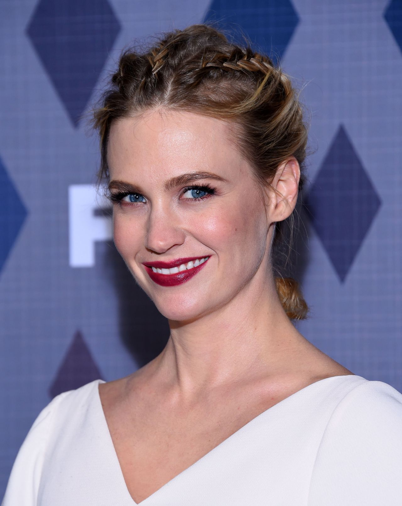 january-jones-fox-tca-winter-2016-all-star-party-in-pasadena-9