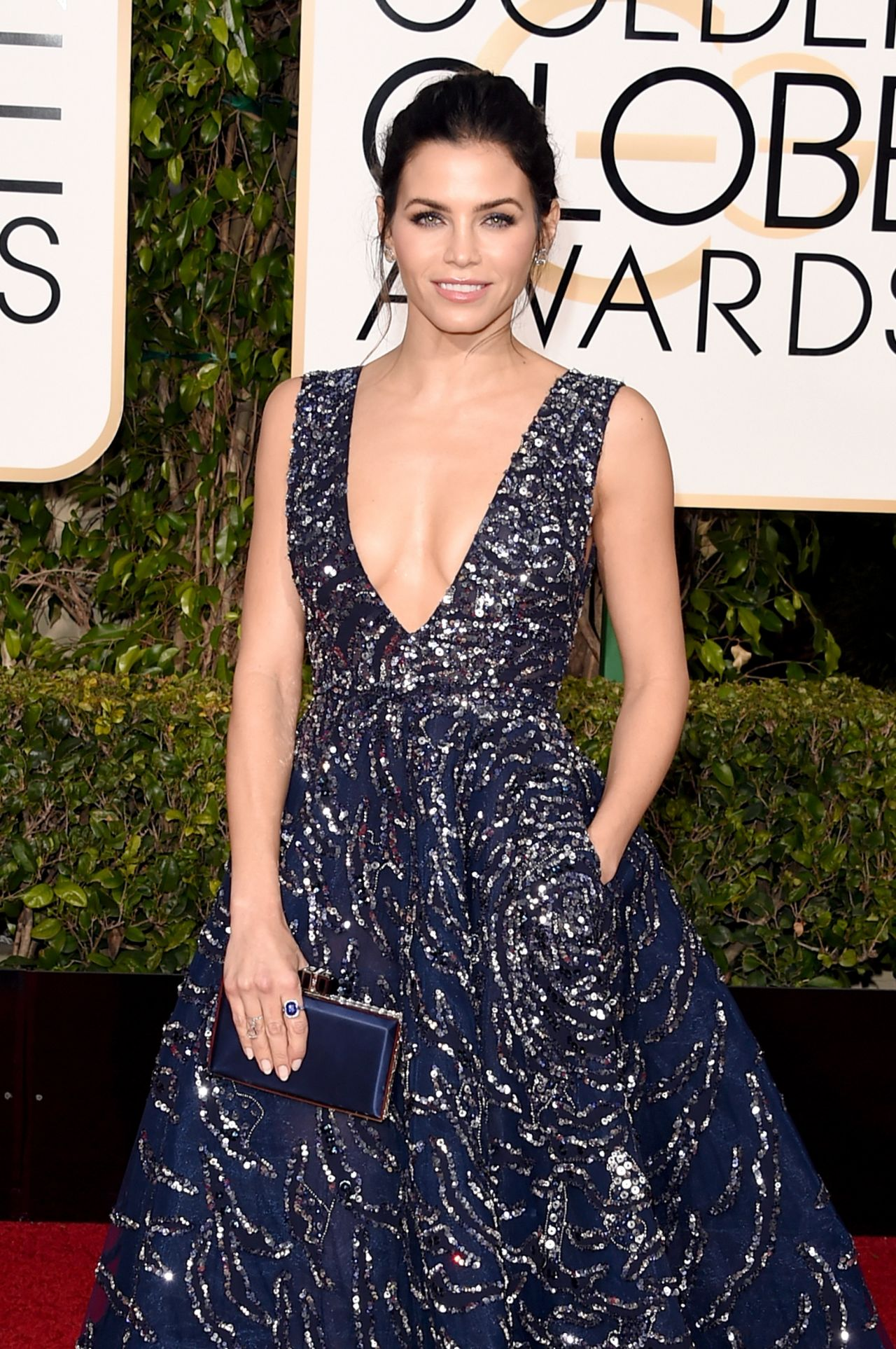 jenna-dewan-tatum-2016-golden-globe-awards-in-beverly-hills-8