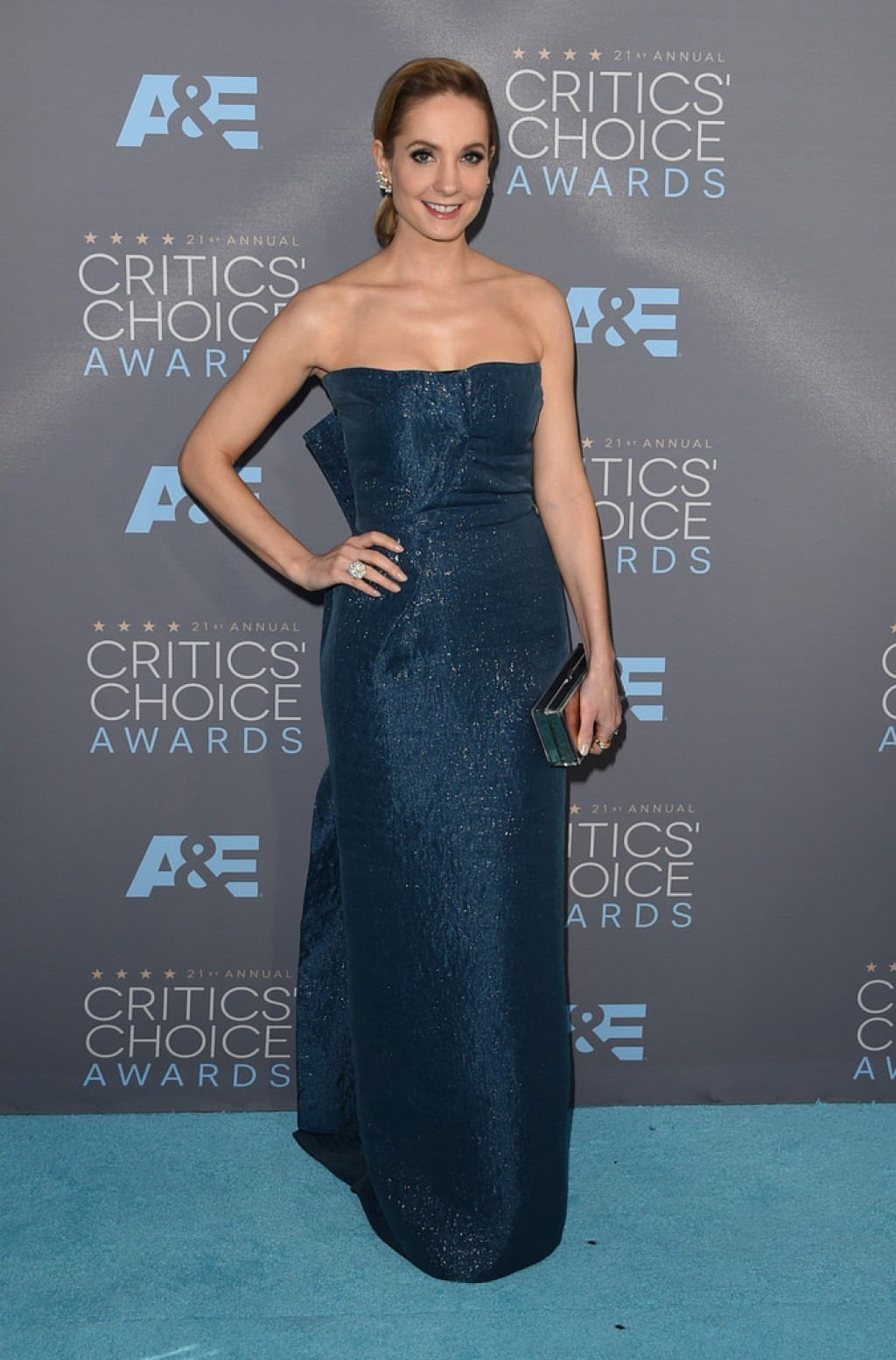 joanne-froggatt-critics-choice-awards-roland-mouret-dress-1024x1553