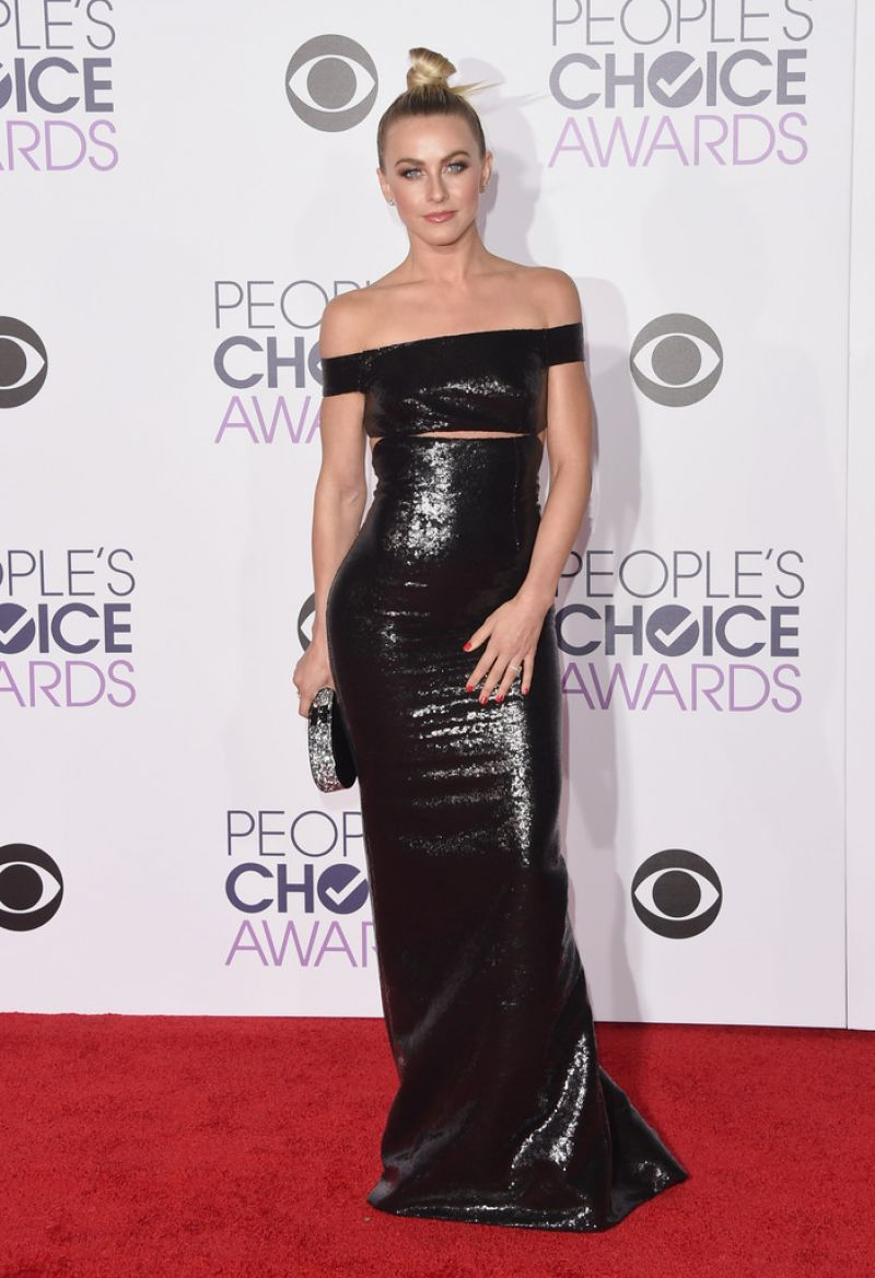 julianne-hough-2016-people-s-choice-awards-in-microsoft-theater-in-los-angeles-1