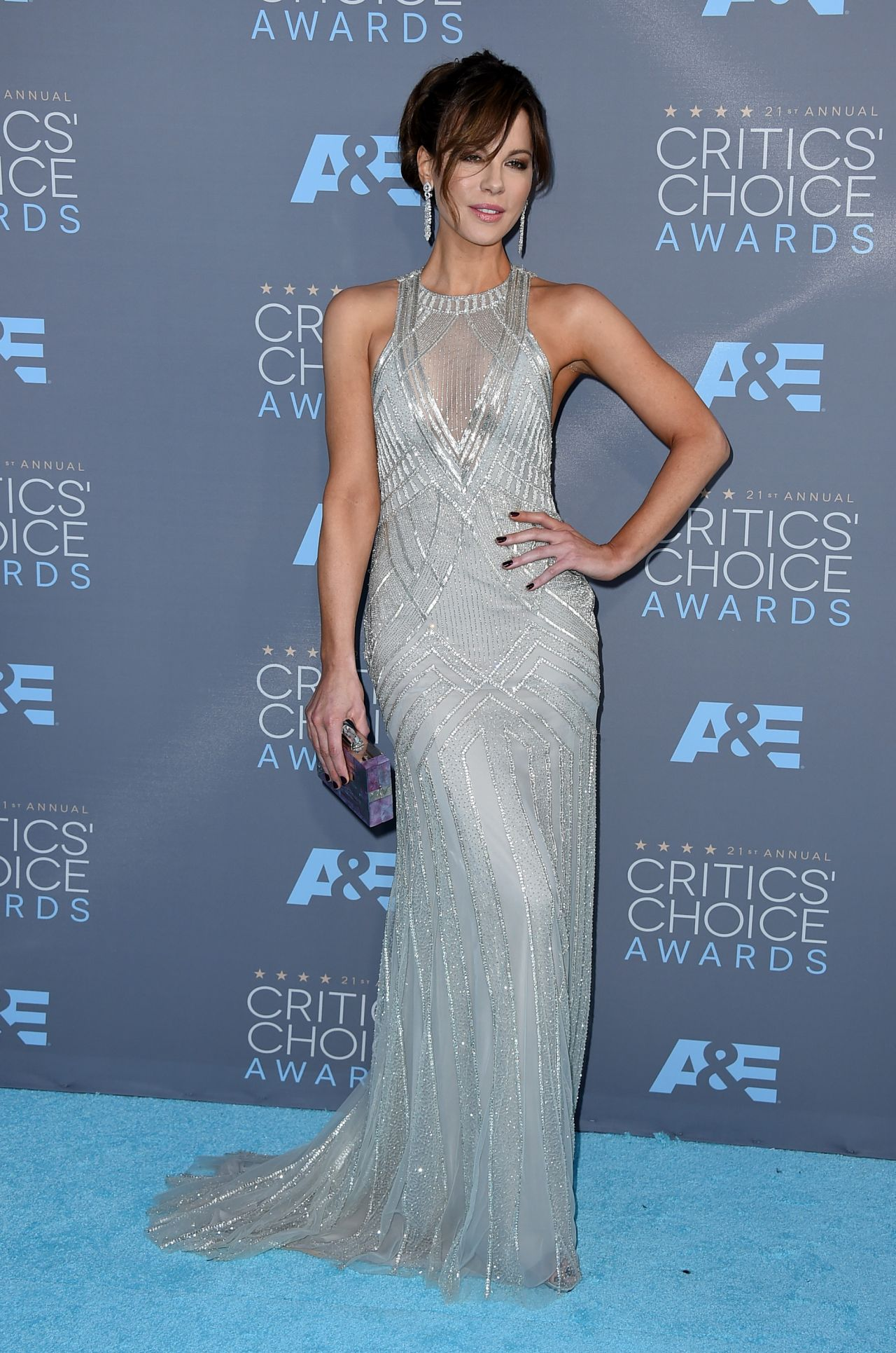 kate-beckinsale-2016-critics-choice-awards-in-santa-monica-1