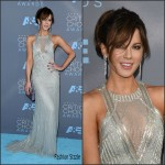 Kate Beckinsale  In Monique Lhuillier –  2016 Critics Choice Awards