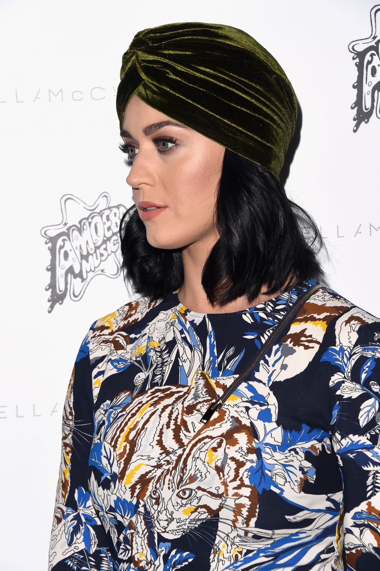 katy-perry-stella-mccartney-autumn-2016-presentation-in-los-angeles-ca-11