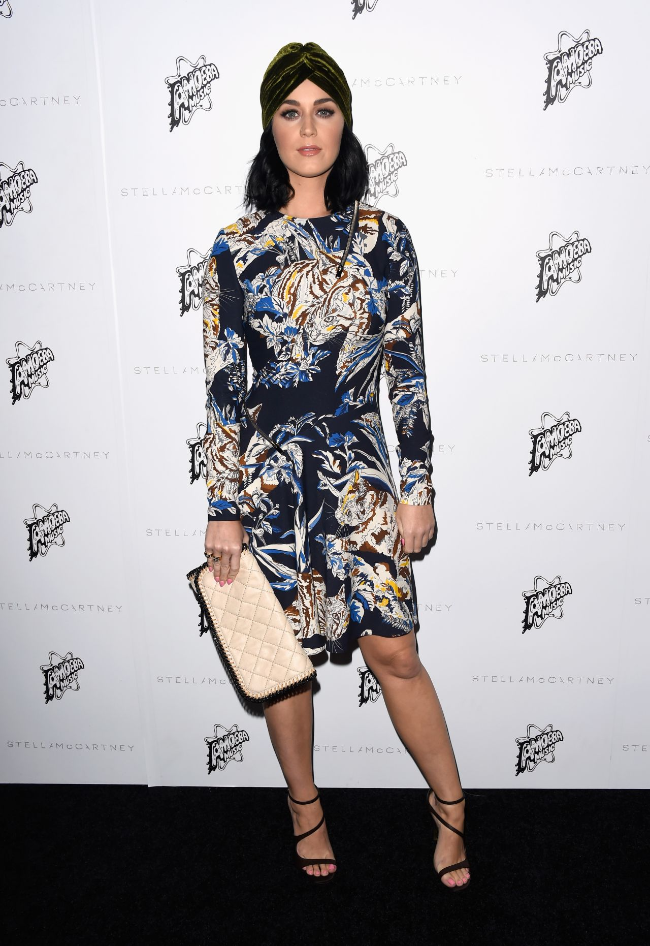 katy-perry-stella-mccartney-autumn-2016-presentation-in-los-angeles-ca-2