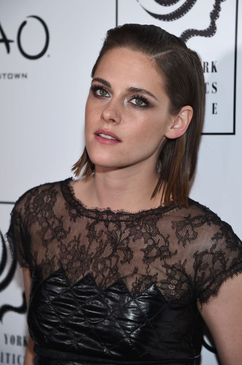 kristen-stewart-2015-new-york-film-critics-circle-awards-1