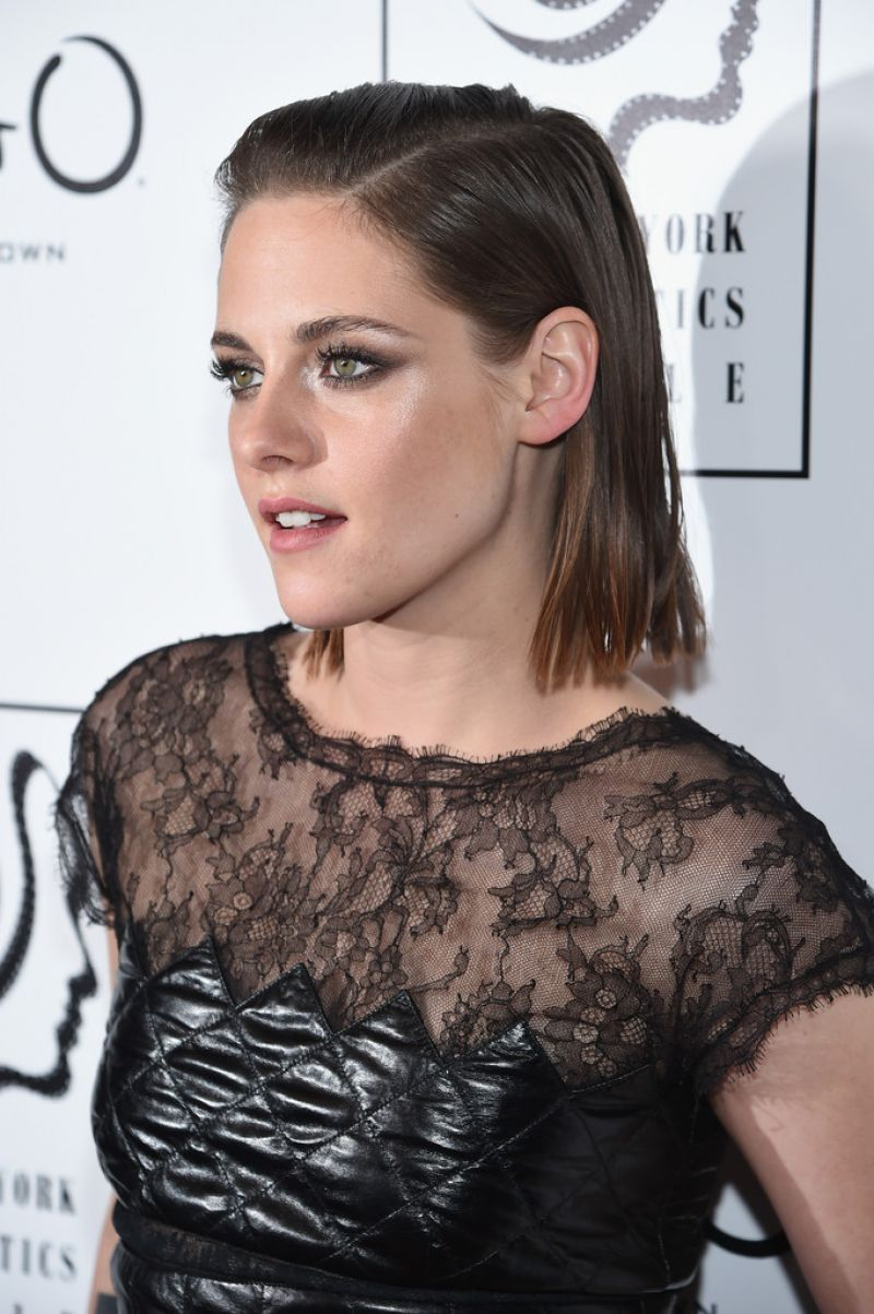 kristen-stewart-2015-new-york-film-critics-circle-awards-3