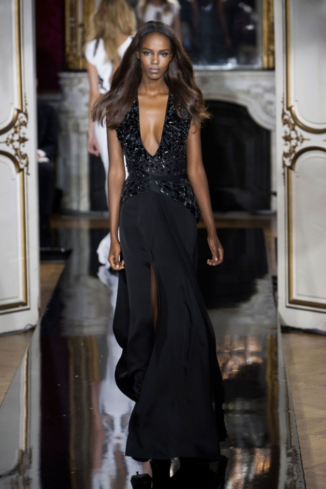 loris-azzaro-fall-2014-couture-667x1000