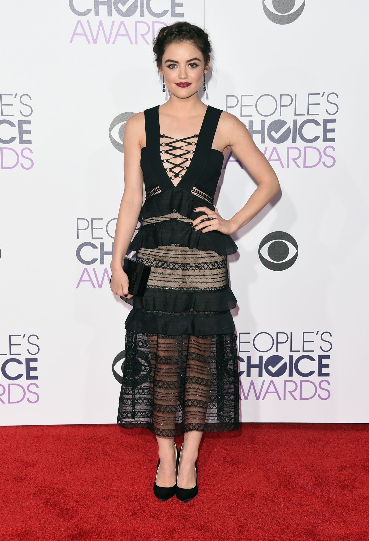 lucy-hale-2016-people-s-choice-awards-in-microsoft-theater-in-los-angeles-4