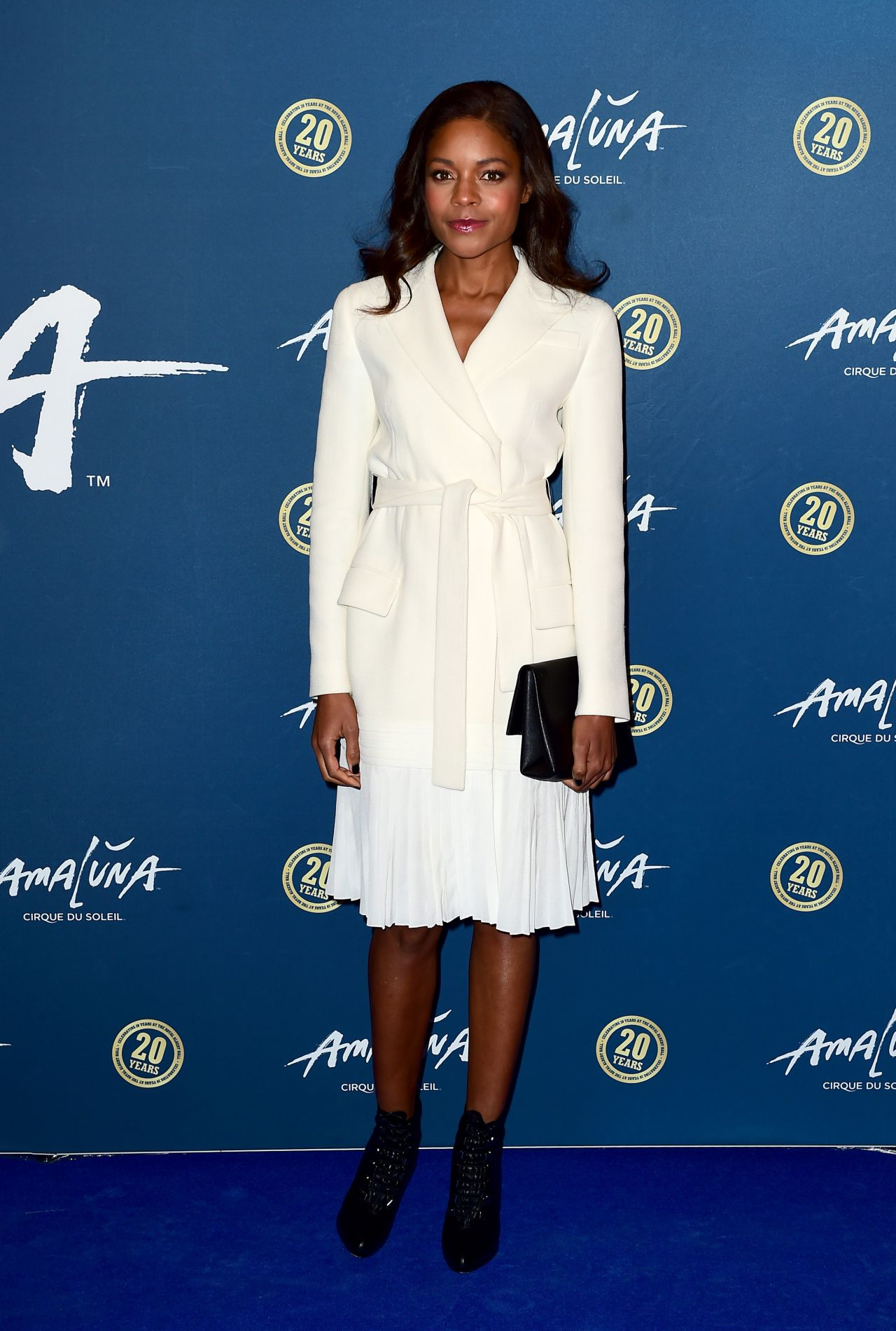 naomie-harris-cirque-du-soleil-amaluna-premiere-in-london-january-2016-2