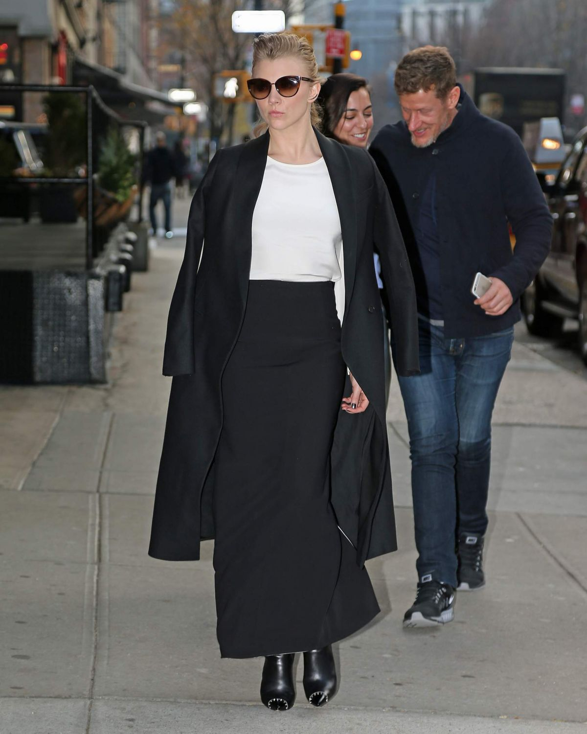 natalie-dormer-out-and-about-in-new-york-12-14-2015_5