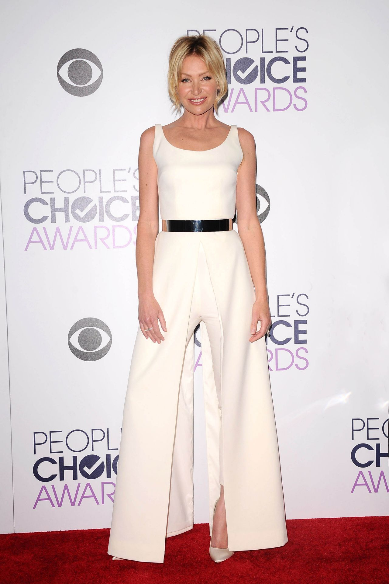 portia-de-rossi-2016-people-s-choice-awards-in-microsoft-theater-in-los-angeles-1