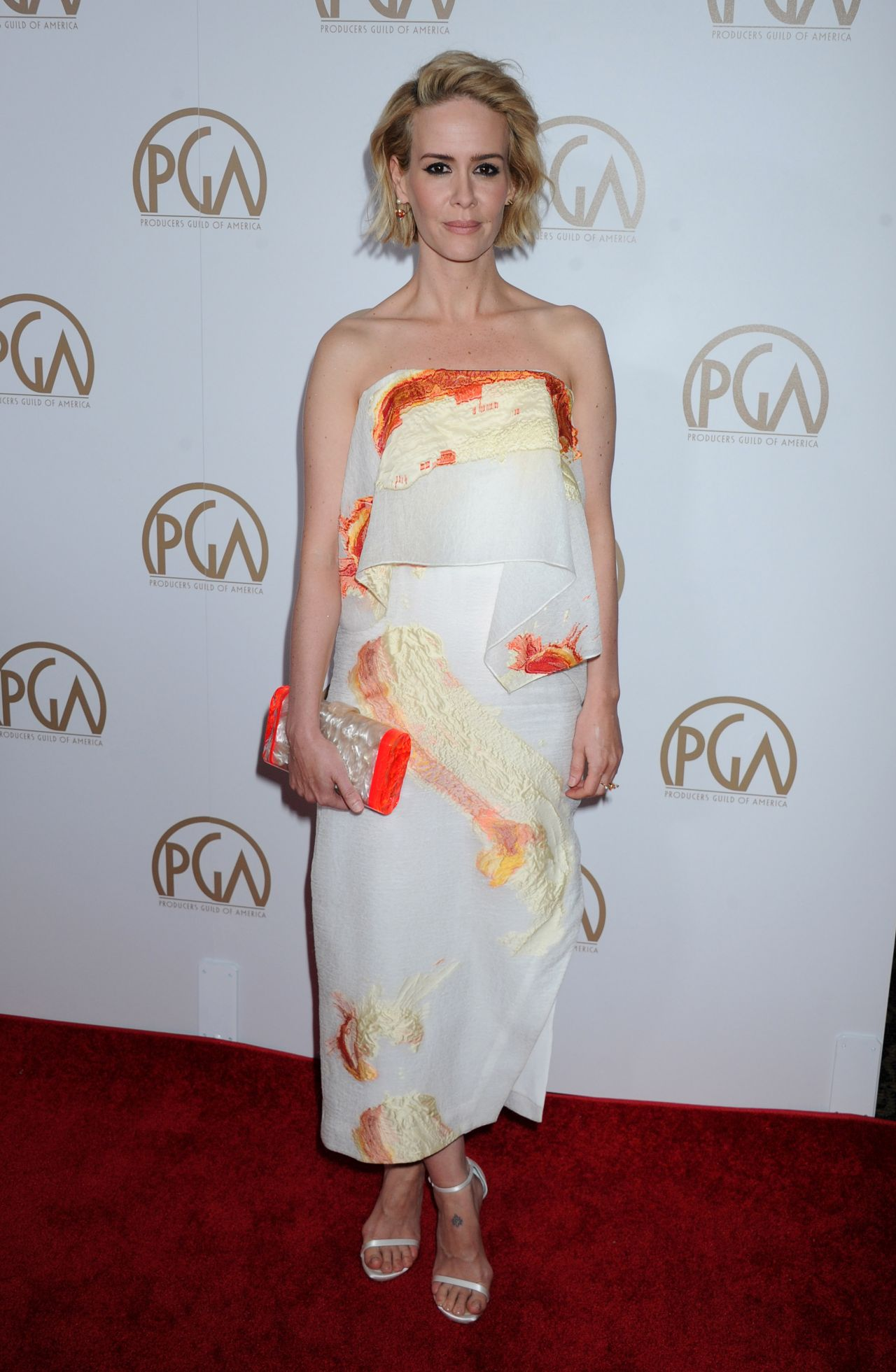 sarah-paulson-2016-producers-guild-awards-in-los-angeles-1