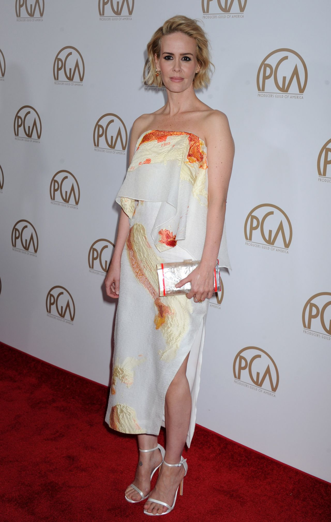 sarah-paulson-2016-producers-guild-awards-in-los-angeles-2