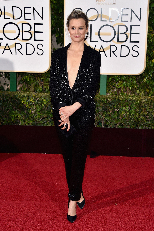 Taylor Schilling In Thakoon - 2016 Golden Globe Awards ...Taylor Schilling Golden Globes 2016
