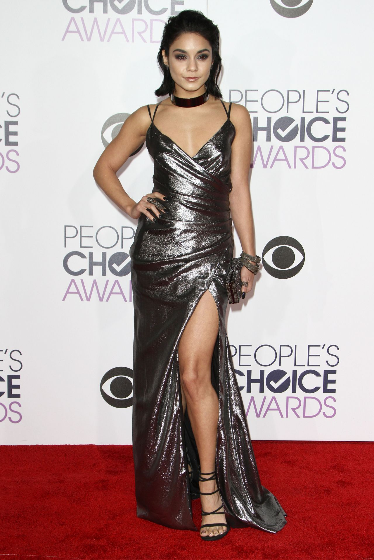 vanessa-hudgens-2016-people-s-choice-awards-in-microsoft-theater-in-los-angeles-1