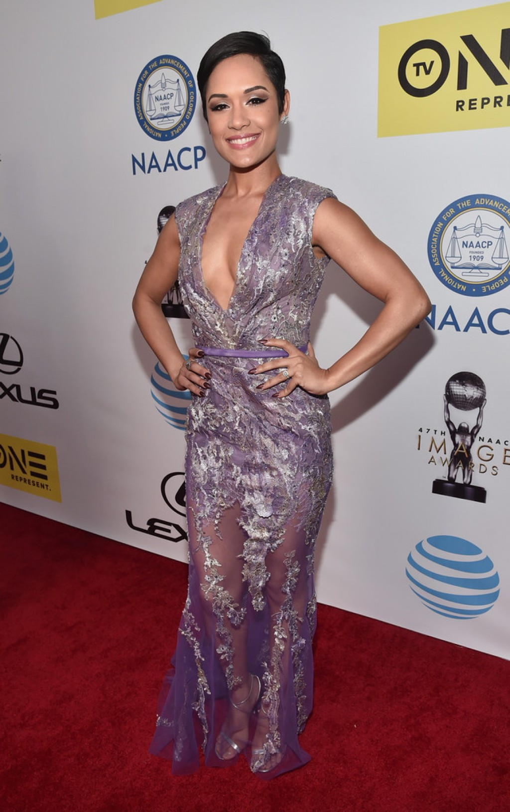 2016-NAACP-Image-Awards-Grace-Gealey-1024x1628
