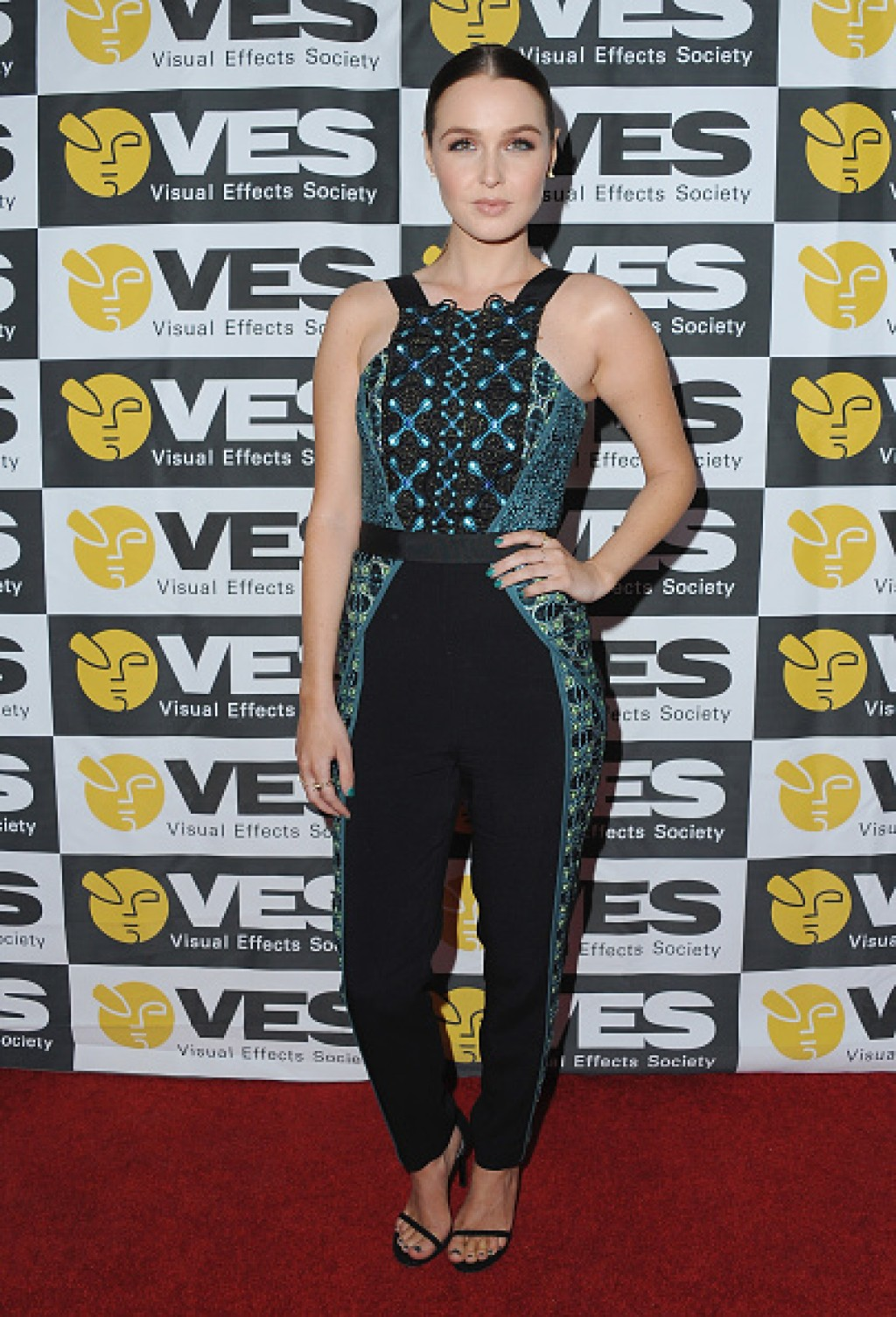 2016-VES-Awards-Camilla-Luddington-Dress-1024x1505